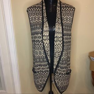 Christopher & Banks open front sweater vest size S